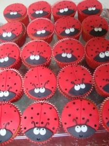 Cupcake Joninha 00