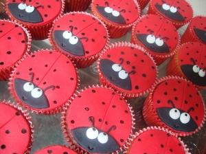 Cupcake Joninha 02