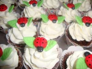 Cupcake Joninha 25
